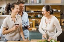 邦的集成灶专注十四年丨厨房生活新体验 除了烹饪还能社交