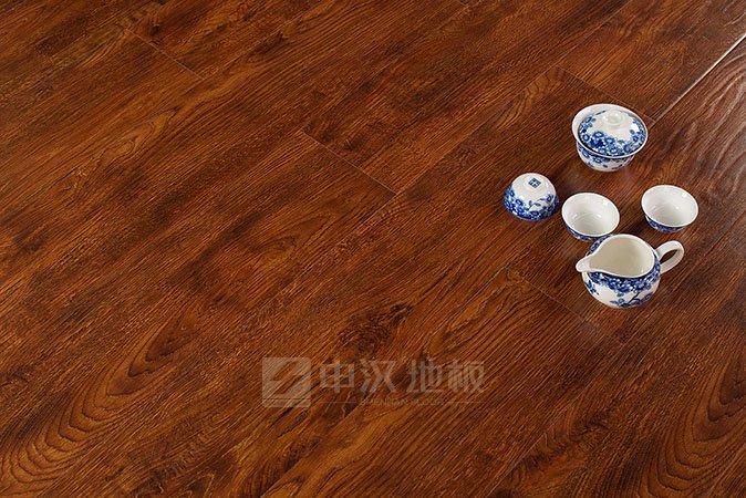 想开申汉地板加盟店要多少钱?
