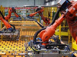 美的團體: 百億投入鞭策轉型 打造智造標桿工場